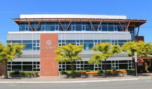 trung học Cowichan Valley School